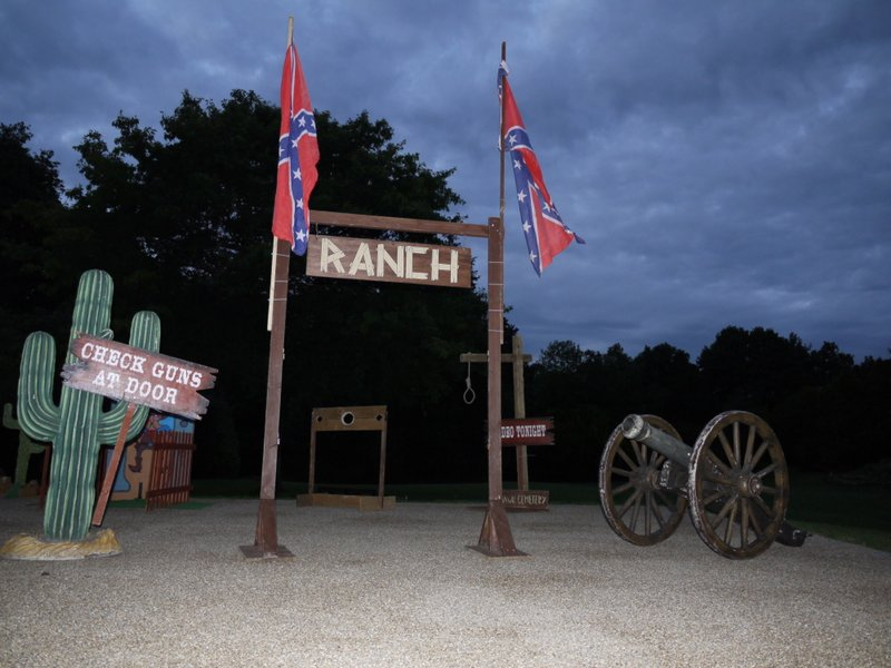 WILD WEST WOODEN RANCH IN LONDON